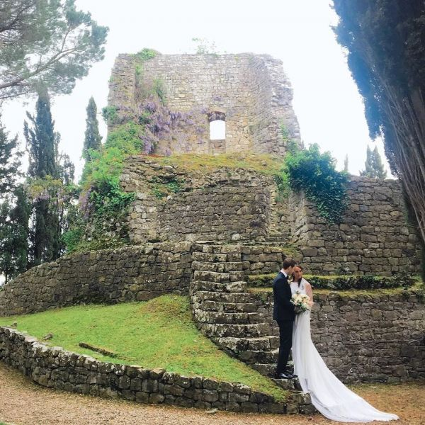 TUSCANY WEDDING CASTLE RUINS